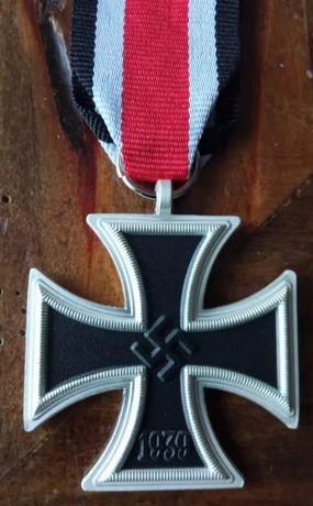 RESERVADA--Cruz Ferro réplica c/ passador Divisão Azul Alemanha nazi