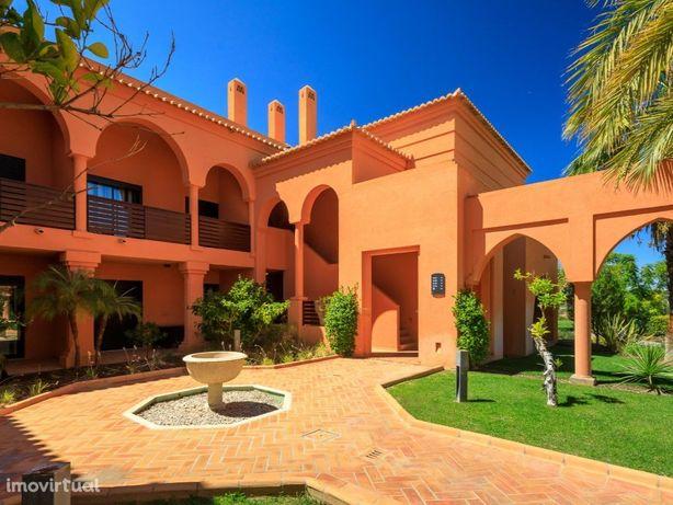 Apartamento T2+1 Duplex com 111,90 m2 de área interna e t...