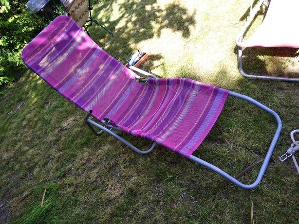 Lezak ogrodowy typu zero gravity