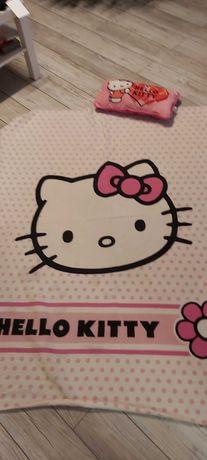Kocyk dzieciwcy Hello Kitty oraz poduszka