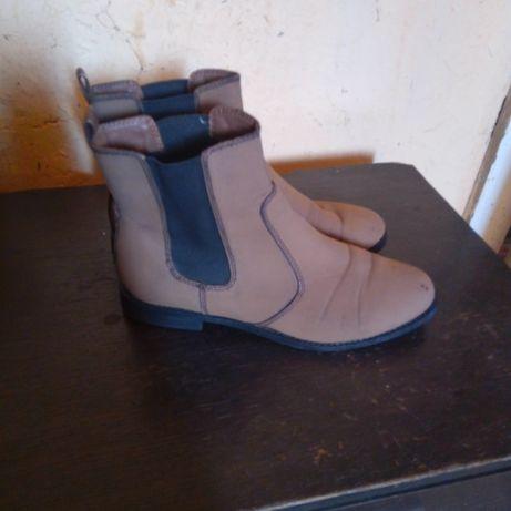 Женская обувь,38р,отдаю за 80грн