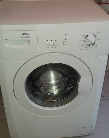 Продам стиральную машину ZANUSSI б/у