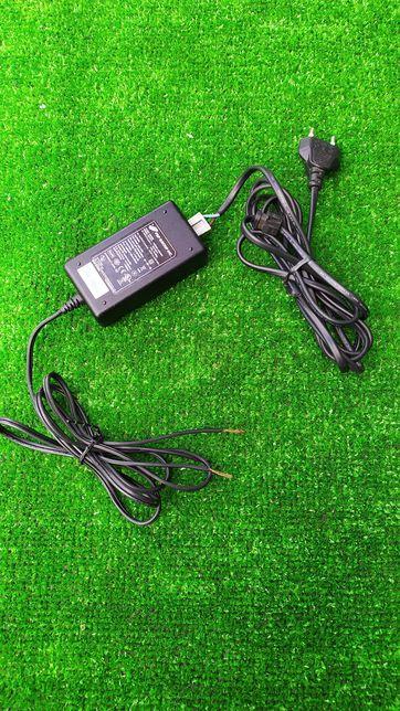Блок питания 12V - 2A адаптер блок живлення