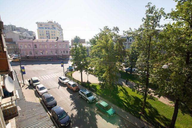 Срочно Центр видовая 1к кв 33м2 4/8 элитная сталинка ул.Гоголя ремонт