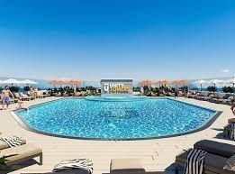 Квартира с бассейном в Аркадии. Цена 23 тыс. $