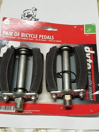 Metalowe pedały rowerowe z gumowymi wkładkami