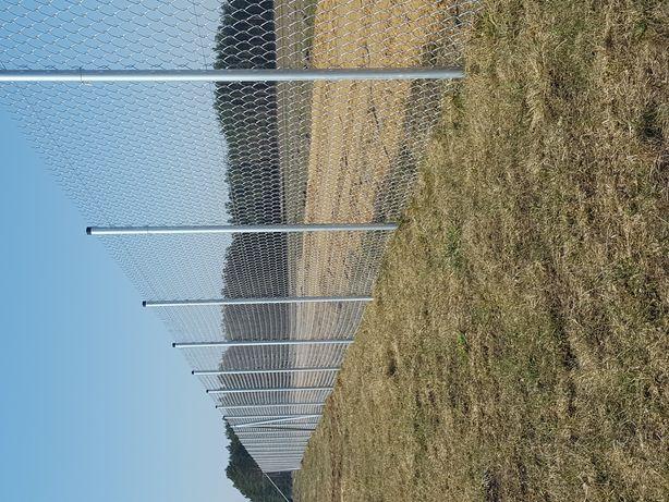 Ogrodzenie z siatki.Palowanie Wbijanie Słupków Nowość Działki Farmy