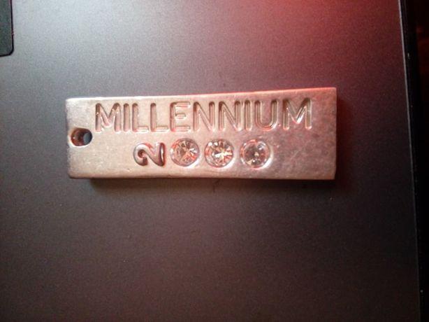 0Masywna Zawieszka Millennium 2000 Dyrberg Kern
