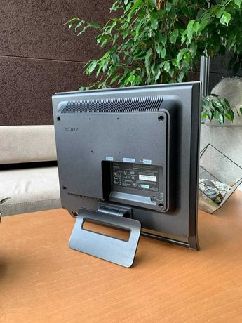 ЖК монитор SONY SDM HS75P
