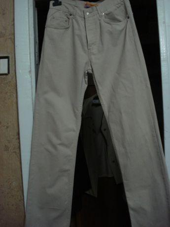 продам женские бежевые джинсы