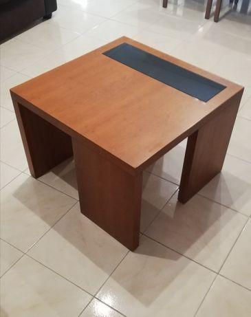 Mesa de sala centro / apoio, 65x65cm, usada
