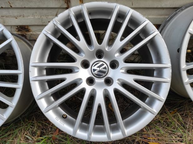 Диски литые R18 5x112 Volkswagen Rial VO082