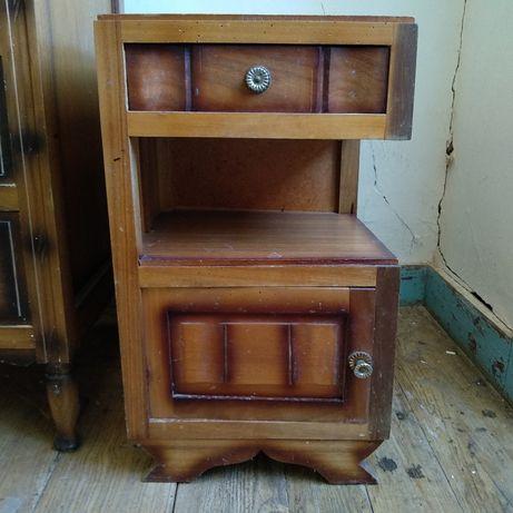 Conjunto 2 mesas Cabeceira antigas