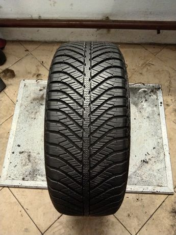 215,55r16 Goodyear Vector 4seasons opona poj