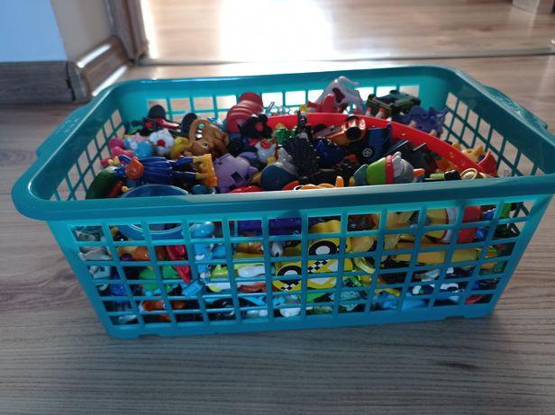 Cały koszyk zabawek z Kinder niespodzianka
