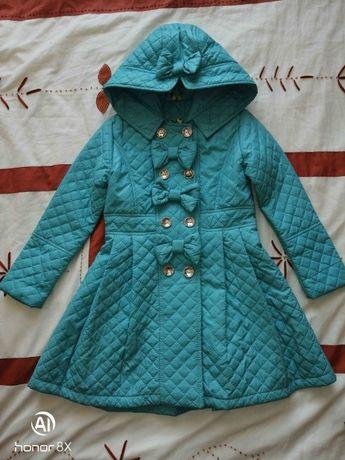 Куртка плащ лёгкая р. 116 на весну, осень новая