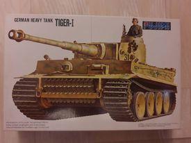 Model do sklejania Ciężki czołg niemiecki Tygrys-I Fujimi