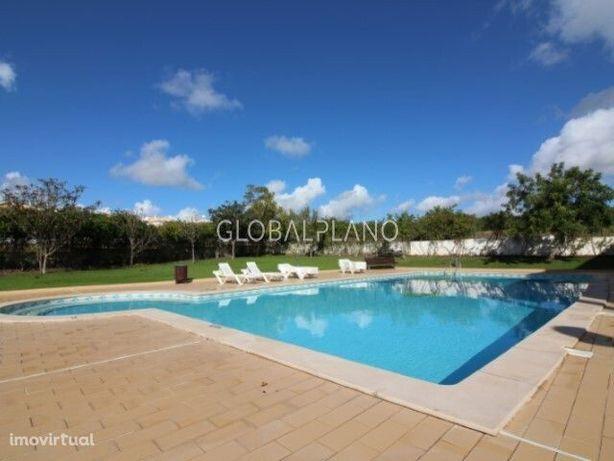 Apartamento T1+1 com piscina para venda em Albufeira e Olhos de Água