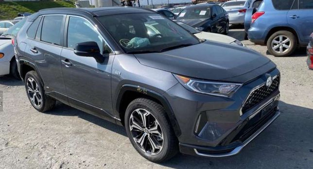 Запчасти на Toyota RAV 4 2019-2020 год (разборка Тойоты рав4) наличие