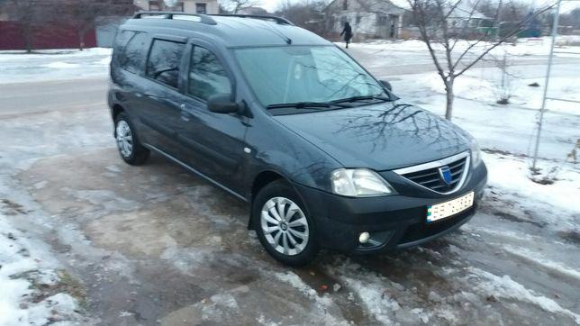 Продам автомобиль Dacia Logan MCV.7мест