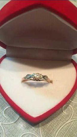 Золотое кольцо 585 проба.Красивое очень