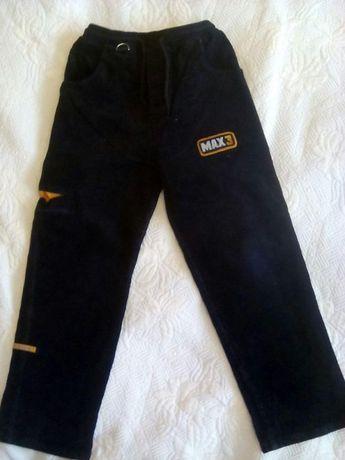 Spodnie roz.134 chłopięce