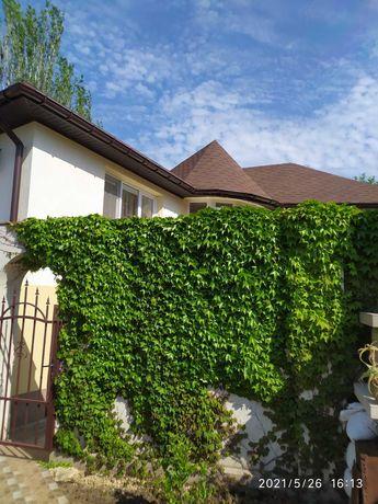 Сдам дом в Аркадии новый 3 спальни и гостинная. на длительно 850уе.