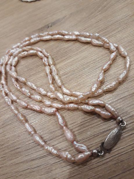 Naturalne perły w srebrze