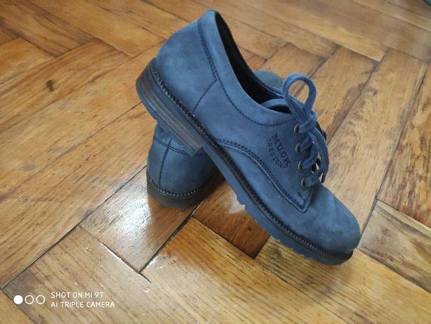 Дитячі туфлі на хлопчика