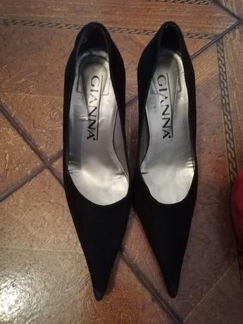 Sapatos da Gianna