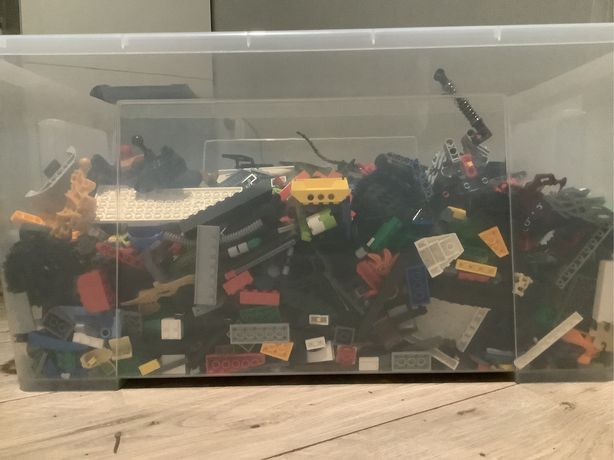 8.5 kg klocków lego