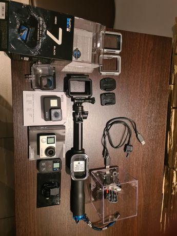 Zestaw GoPro 7 Black i GoPro4 Silver z akcesoriami