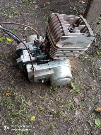 Мотор Минск 12v.