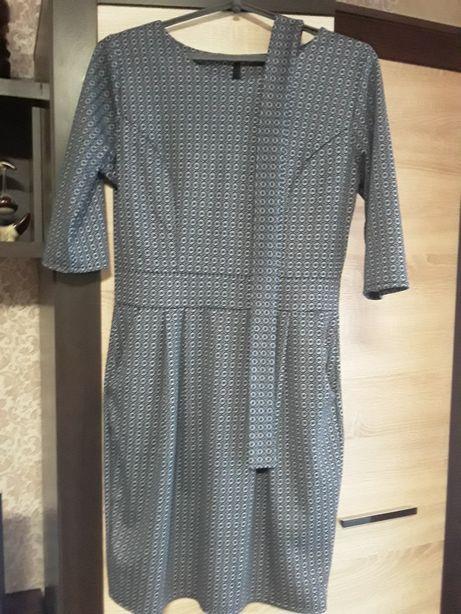 Платья, блузы