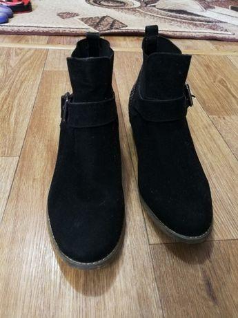 Ботинки женские 41р