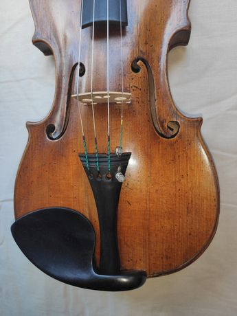 Скрипка майстрова 1856 року (Італія) у дуже доброму робочому стані.