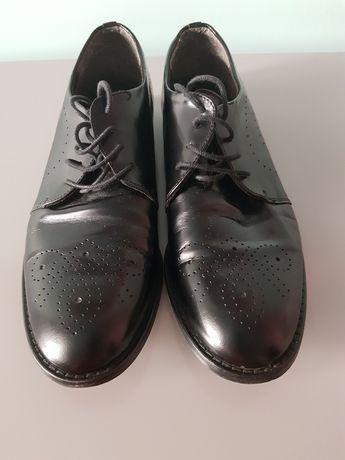 Buty lordsy skórzane czarne wiązane rozm 38