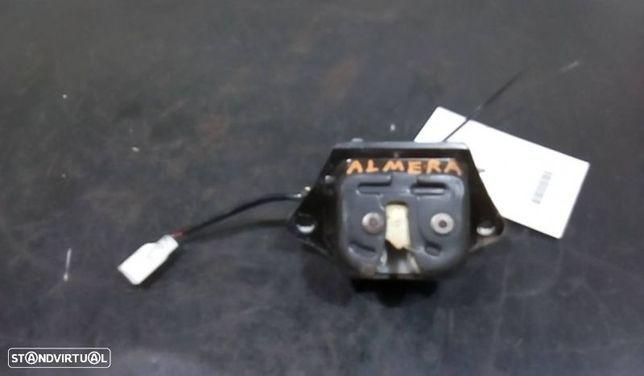 Fecho Da Mala Nissan Almera Ii (N16)