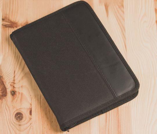 Pokrowiec na notatnik i pad mini kindle czarny 25x18,5cm