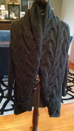 Sweter czarny z warkoczami. NOWY rozmiar uniwersalny