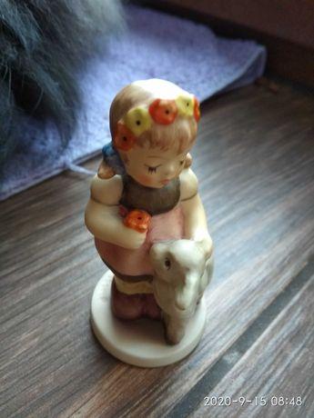 "Goebel,figurka porcelanowa ""wielkanocna"""