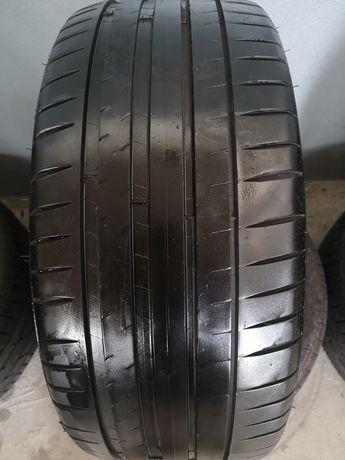 235/40 R19 Michelin pilot sport 4