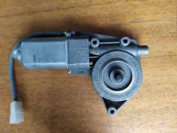 Моторедуктор  стеклоподъёмника правый, ВАЗ - 2110, 2170,
