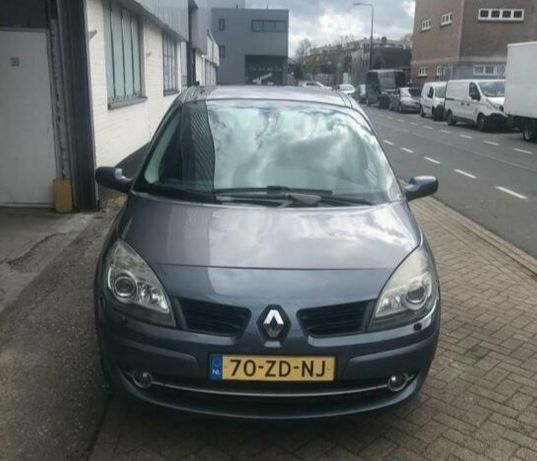 Продам Renault Grand Scenic 1.6 Maximal