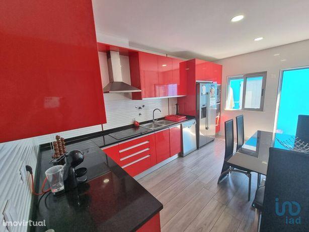 Moradia - 167 m² - T5