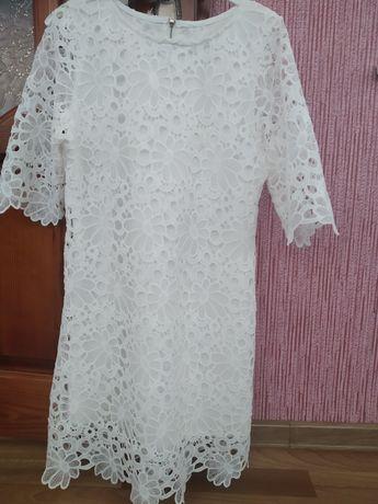 Продам біле плаття