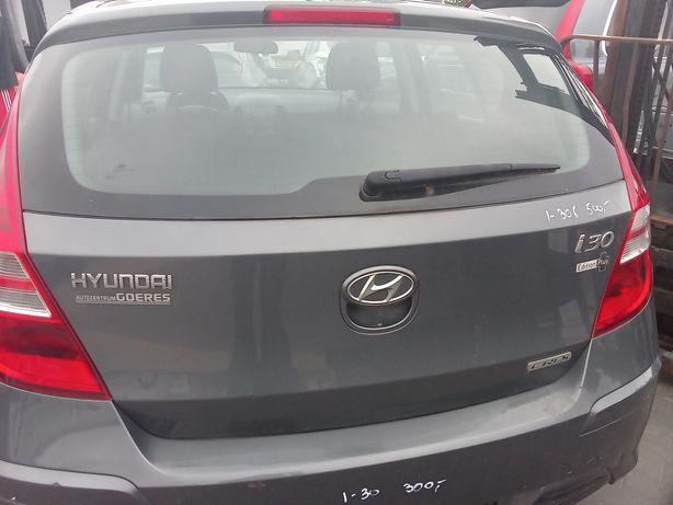 Klapa bagażnika Hyundai I-30