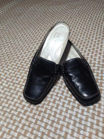 Жіноче взуття .Нове