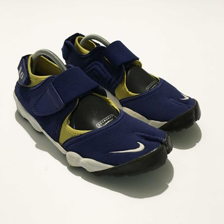 Кроссовки Nike Rift босоножки сандали