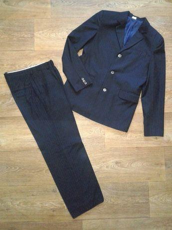Костюм (пиджак брюки) для мальчика. Школьный.